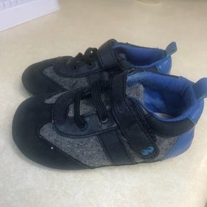 12-18 months Surprize by Stride Rite infant shoes.